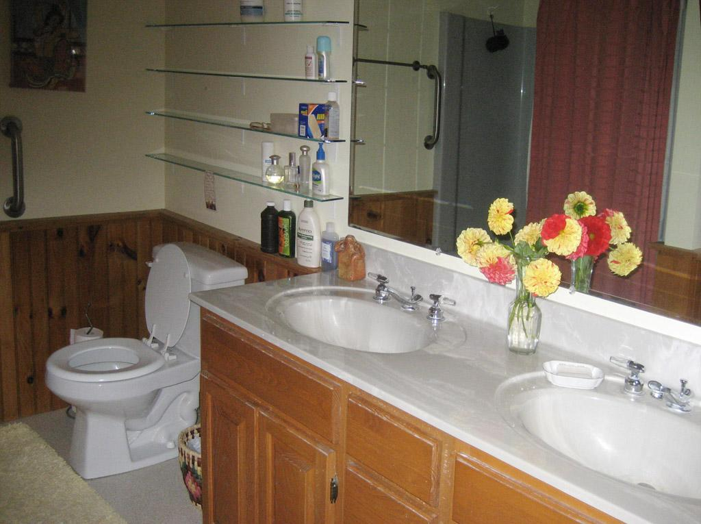 Westerly Room Bathroom